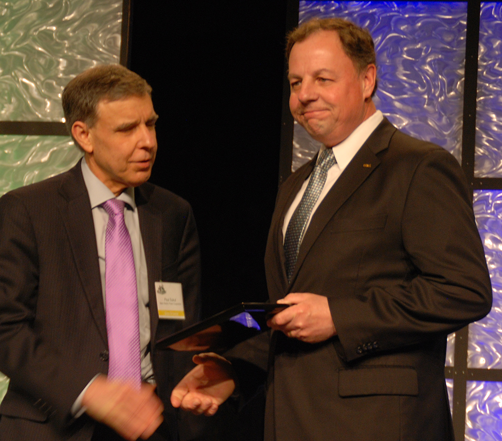 Christmann Receives Award at LEC Annual Meeting